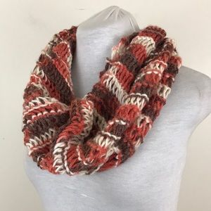 NWOT Lewis Knits Hand Knit Infinity Scarf